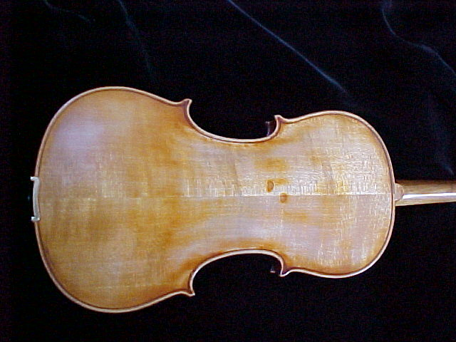 pic of Missano violin